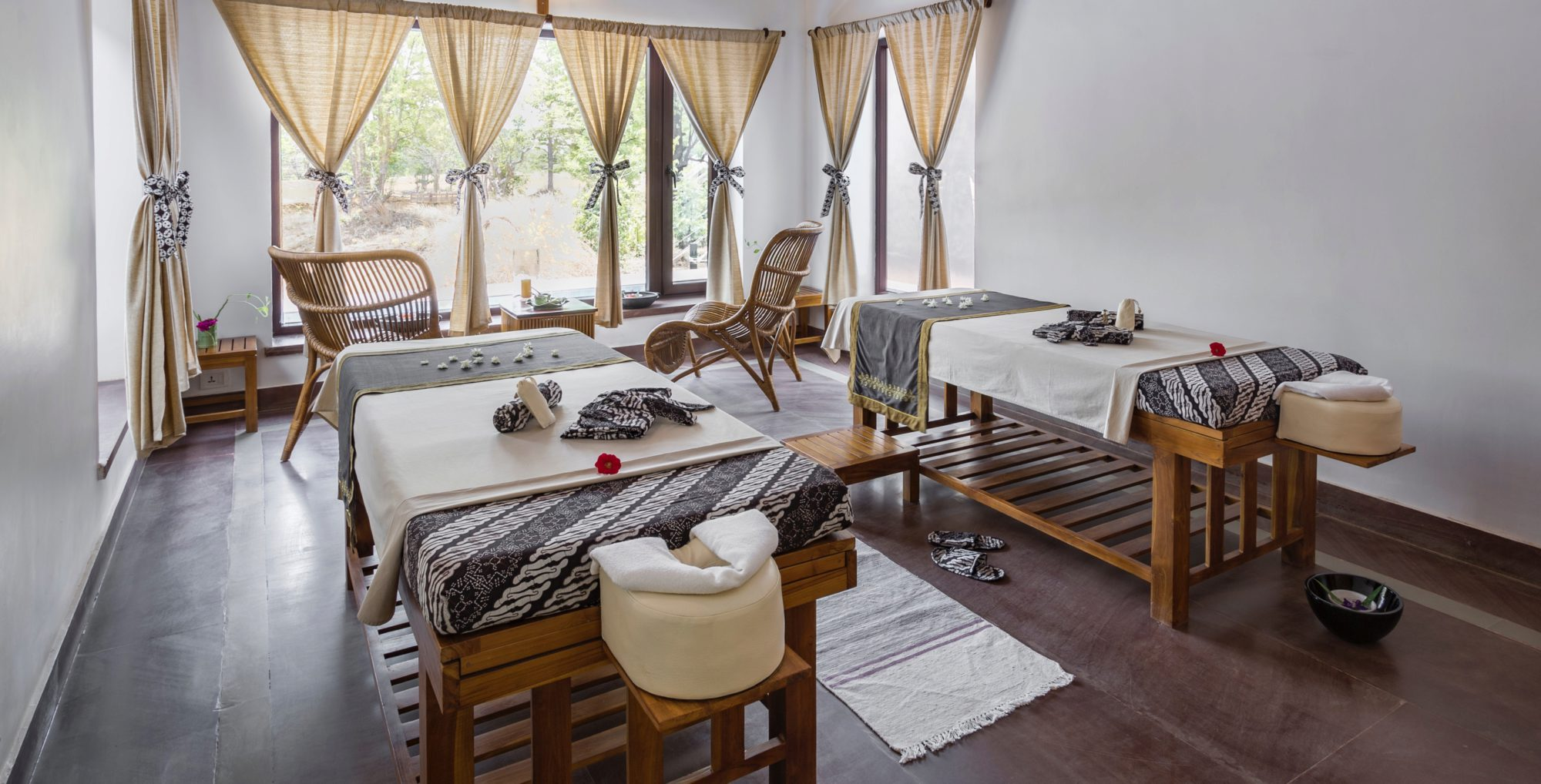 Tented Camp Resorts in Kanha National Park